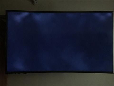 TV tự động tắt, khởi động lại, hoặc đèn nhấp nháy ở chế độ chờ 8 lần