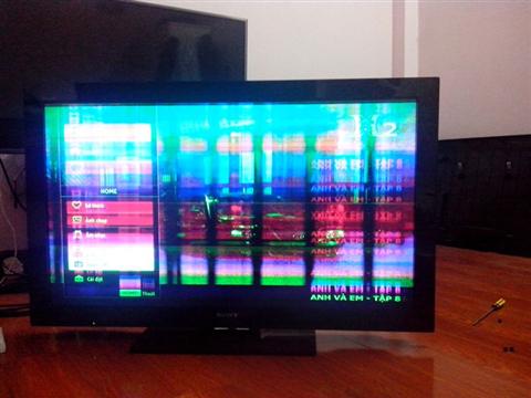 Tivi samsung bị co màn hình