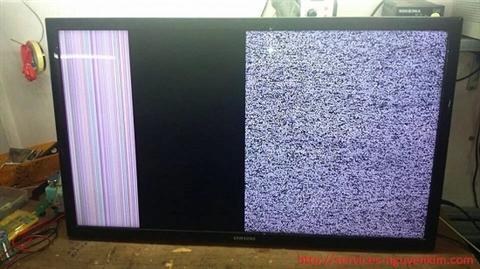Tivi bị đen nửa màn hình trên hoặc dưới