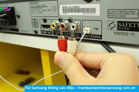 Tivi Samsung không vào điện